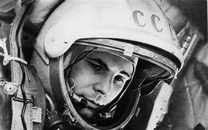 Il cosmonauta Yuri Gagarin, il primo uomo nello spazio ...