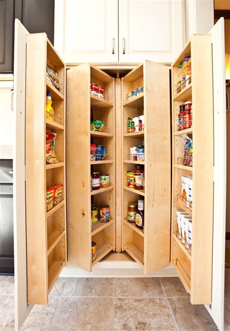 awesome narrow walk in closet design ideas roselawnlutheran