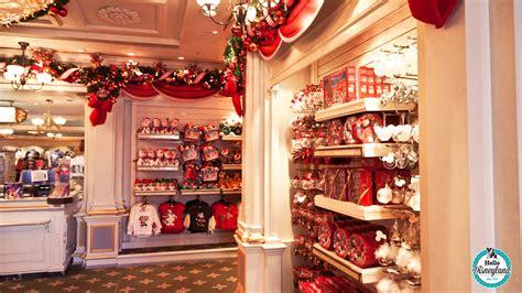 decoration de magasin pour noel hello disneyland le n 176 1 sur disneyland les d 233 corations de no 235 l 2014 sont arriv 233 es