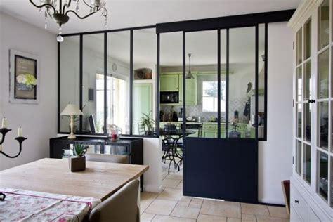 refaire sa cuisine rustique en moderne la verrière dans la cuisine 19 idées photos