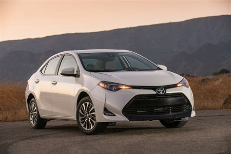 toyota usa 2017 2017 toyota corolla first drive review this boring