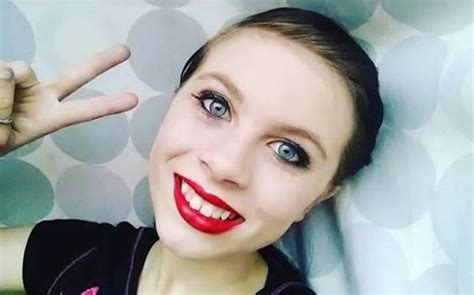 Online suicide streaming: 12-year-old girl kills self on ...