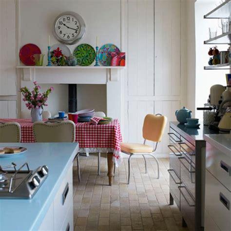 retro kitchen decor ideas nostalgic retro kitchen ideas