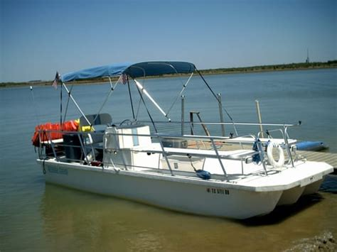 Fishing Boat Rentals Near Me by Yact Here Pontoon Boat Rentals Near Me