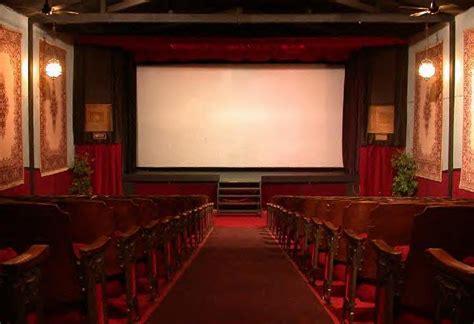 historic  theatre  host estes park film festival