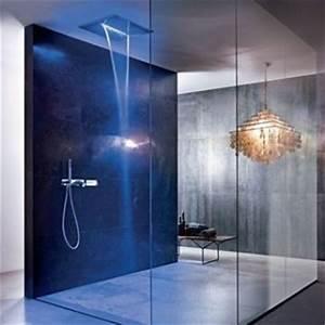 la pomme de douche l39accessoire design de votre salle de bain With carrelage adhesif salle de bain avec colonne lumineuse led