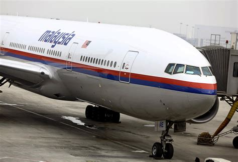 Malaysia airlines flight 17 (mh17) was a scheduled passenger flight from amsterdam to kuala lumpur that was shot down on 17 july 2014 while flying over eastern ukraine. Malaysia Airlines Flight MH17: 'Extraordinary' New Wreckage Discovered with 'Machine-gun-Type ...