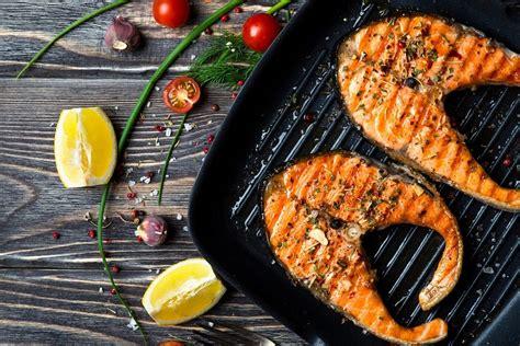 fish  eat     environment