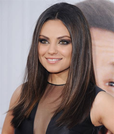 flattering hairstyles  suit  faces perfectly stylecaster