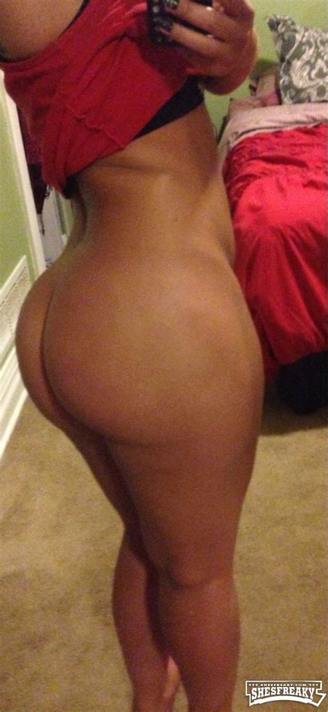 mexican thot with a nice round booty shesfreaky