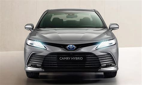 Camry delivers more than just beautiful, enjoyable driving and a safety system via an advanced technology. Toyota Camry (2020): Hybrid, Innenraum, Preis   autozeitung.de