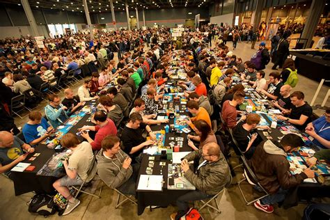 Mtg Deck Tournament by Inside The World S Magic The Gathering