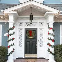 front door decorating ideas 20 Great Christmas Front Door Decorating Ideas - Style Motivation