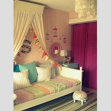 25+ Best Ideas About Girls Daybed On Pinterest  Girls