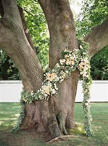 top 20 wedding tree backdrops and arches roses rings