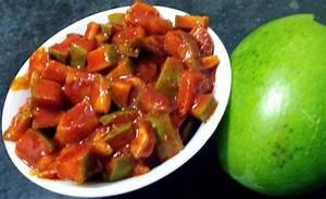 Manga Achaar - Kerala Style Mango Pickle - Manga Oorugaai ...