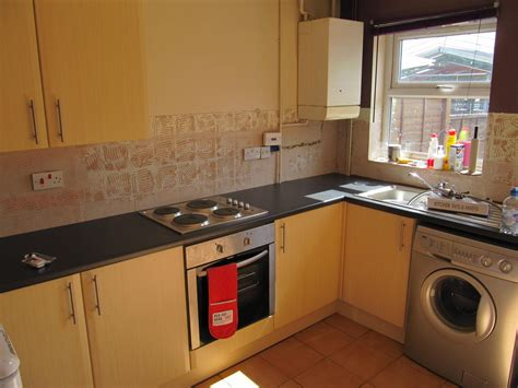 tg electrical property services 100 feedback electrician handyman carpenter joiner in derby