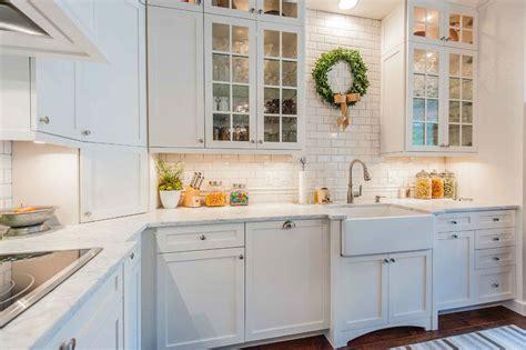 elegant subway tile kitchen designs