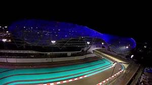 Circuit Yas Marina : abu dhabi yas marina circuit and viceroy hotel with drone youtube ~ Medecine-chirurgie-esthetiques.com Avis de Voitures