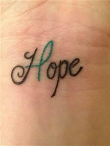 Ecriture Tatouage Femme : tatouage ecriture poignet diaporama beaut doctissimo ~ Melissatoandfro.com Idées de Décoration