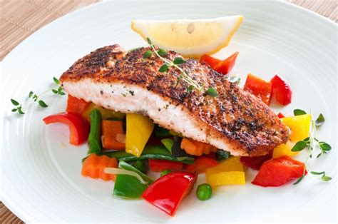 fish cuisine how to choose lunch that can fuel the rest of your day healthy with stefan