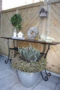 Deko Für Terrasse : pflanzk bel aus fiberglas in silber mit toller deko dekoration f r herbst und winter ~ Sanjose-hotels-ca.com Haus und Dekorationen
