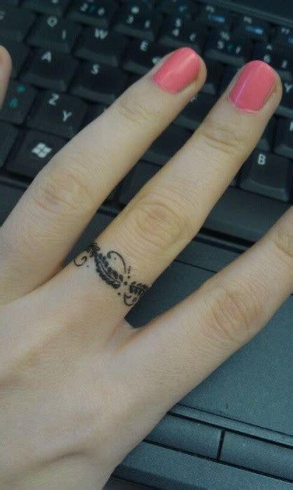 50 Small Finger Tattoos | herinterest.com