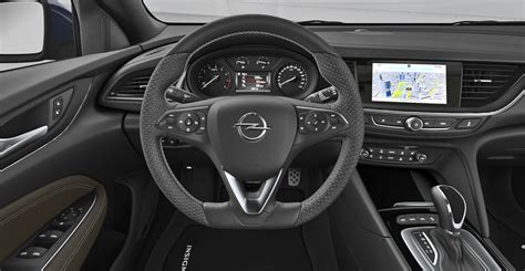 Opel Insignia Al Volante by Listino Opel Insignia Sports Tourer Prezzo Scheda