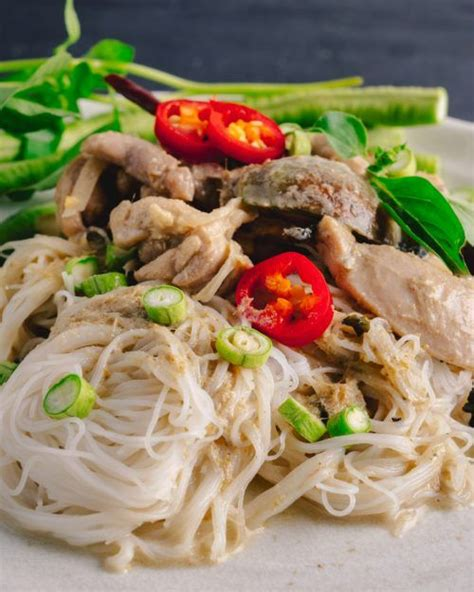 thai green chicken curry  noodles marions kitchen