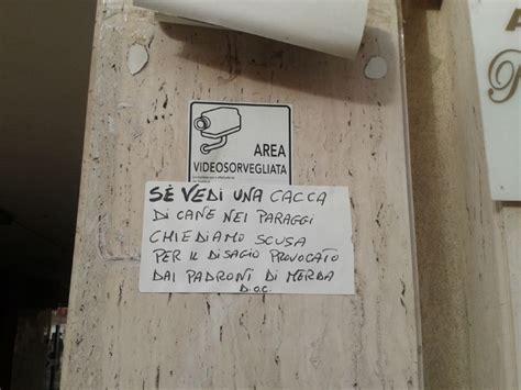 """I residenti di via Ricciardi: """"Scusate il disagio ..."""