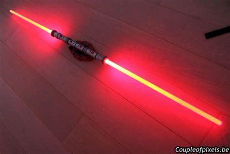 le murale sabre laser craquage wars un sabre laser pour les grands un sabre laser pour les petits