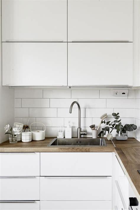 cuisine blanche plan travail bois davaus cuisine blanche avec plan de travail en bois