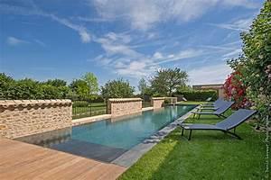 Piscine A Débordement : piscines 2018 savoir faire exemplaire domodeco ~ Farleysfitness.com Idées de Décoration