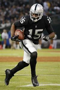 Michael Crabtree keeps low profile as others sing his ...