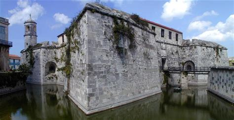 castillo de la real fuerza wikipedia