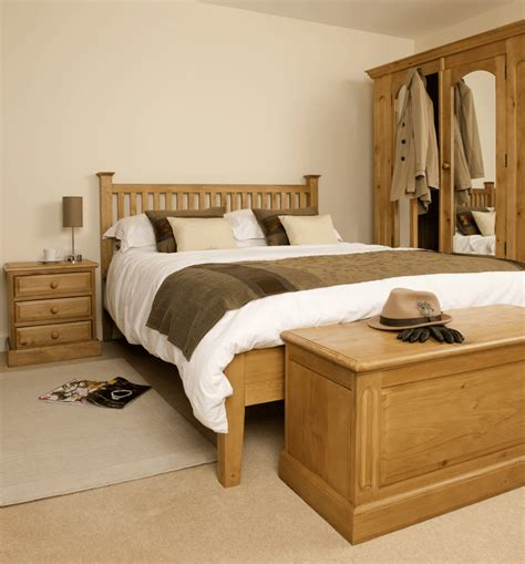 Bedroom Decorating Ideas With Pine Furniture by Pine Bedroom Furniture Theradmommy