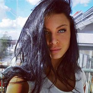 Gorgeous.. Black hair and grey eyes. | Beauty ️ ...