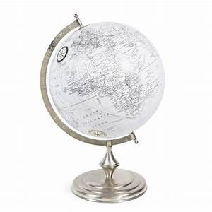 globe terrestre en plastique blanc d 30 cm chelsea With globe maison du monde