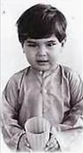 Saif Ali Khan rare childhood,young age and family photos ...