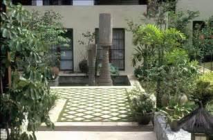 courtyard designs designing interior courtyard gardens