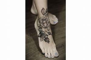 Tatouage Homme Cheville : tatouage cheville femme discret coeur ~ Melissatoandfro.com Idées de Décoration