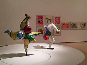 Niki de Saint Phalle, Nanas Artribune