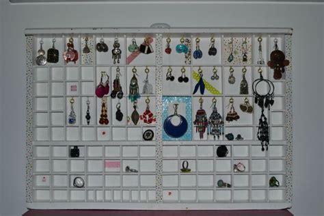 ranger boucles d oreilles casier de typographie et zou voil 224 zouzou