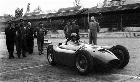 John ferrari is 32 years old and was born on 08/23/1987. Alberto Ascari (avec images) | Pirelli, Enrico
