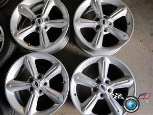 2010 Ford Mustang Factory 18 Wheels OEM Rims 3834