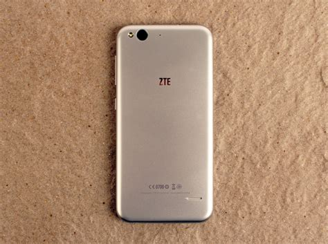phones that look like iphone what the iphone 6 should not look like phonesreviews uk zte blade s6 shootout the best smartphones s 350