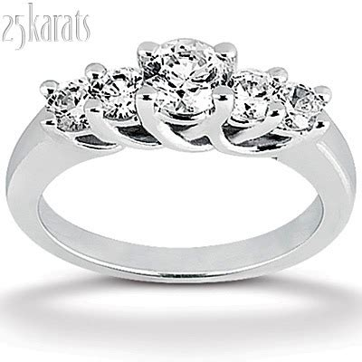 stone  cut trellis diamond ring  ct tw