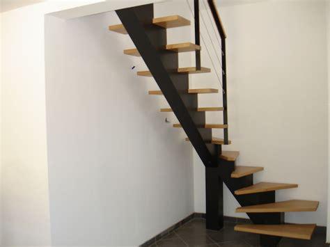 escalier a limon central en fer maison design deyhouse