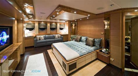 hokulani  palmer johnson yachts motor
