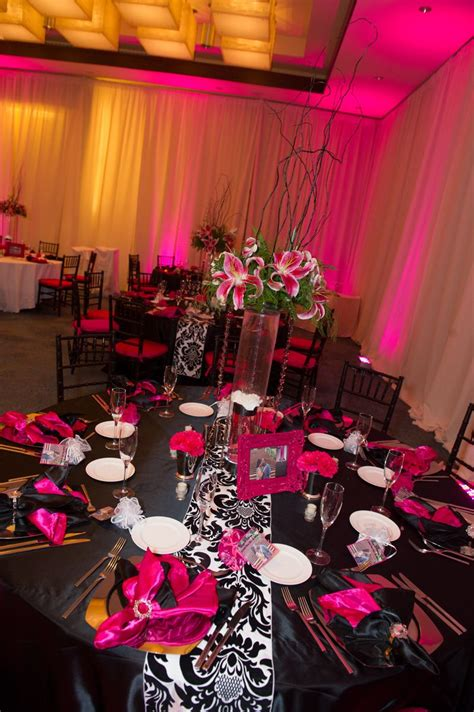 hot pink black and white wedding reception decor w